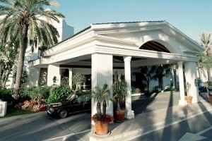image_hotel_exterior_entrance_1